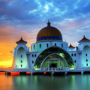 malacca-straits-mosque1