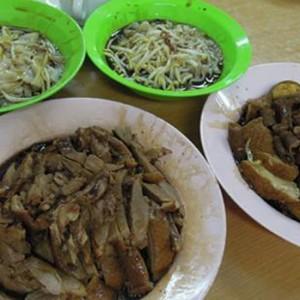 Tengkera-Duck-Noodle-Restaurant